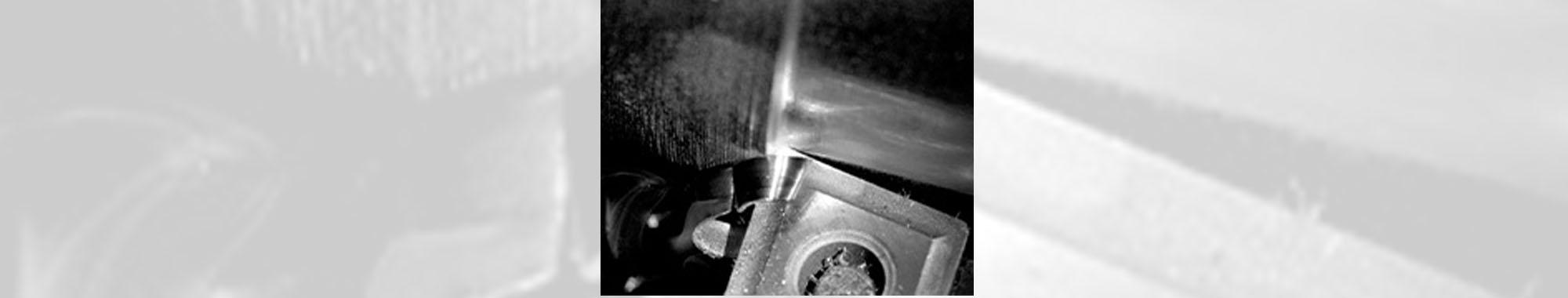 旋盤での切削のハイスピード撮影